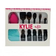 Набор KYLIE ( Кисти 5 шт. + спонж + щетка для очистки кистей )